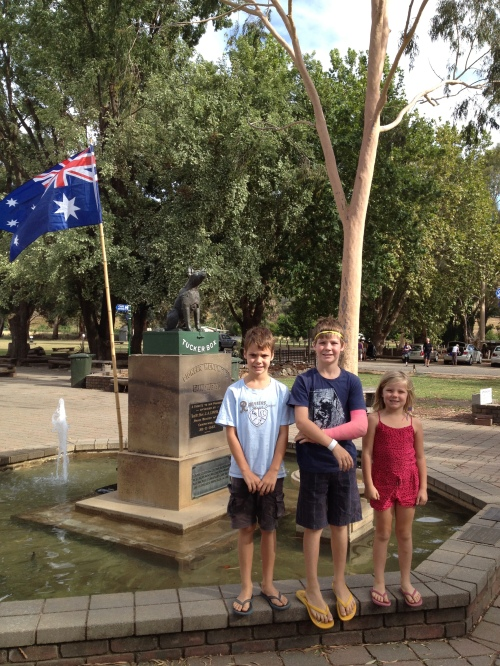 The kids at the Dog on the Tuckerbox statue